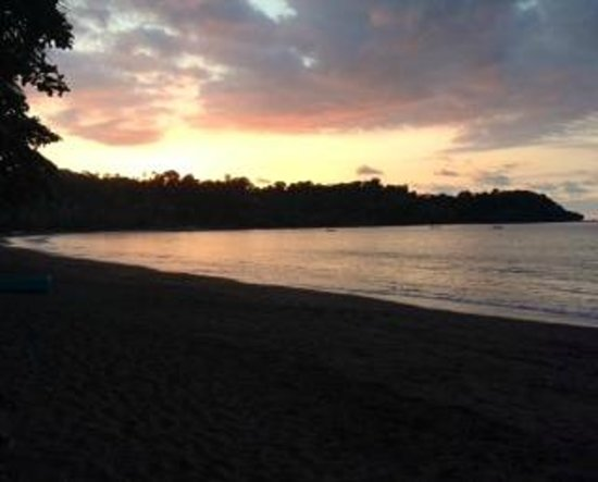 Hotel Rancho Corcovado : the bay at sunset
