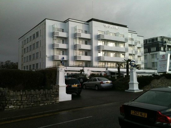 The Cumberland Hotel: the Cumberland.
