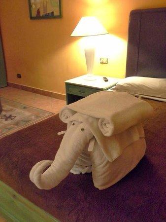 Arabia Azur Resort: one elefant in my room