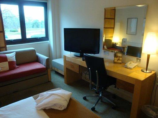 Holiday Inn Haydock M6, Jct 23: Our bedroom
