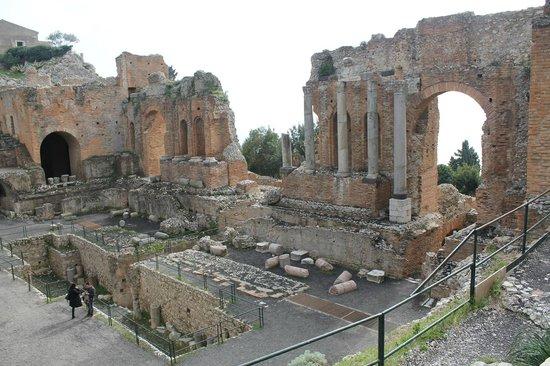 Ancient Theatre of Taormina : Teatro Greco, Taormina, Sicilia, Italia