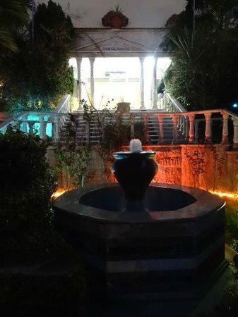 Amra Palace Hotel: Entrée