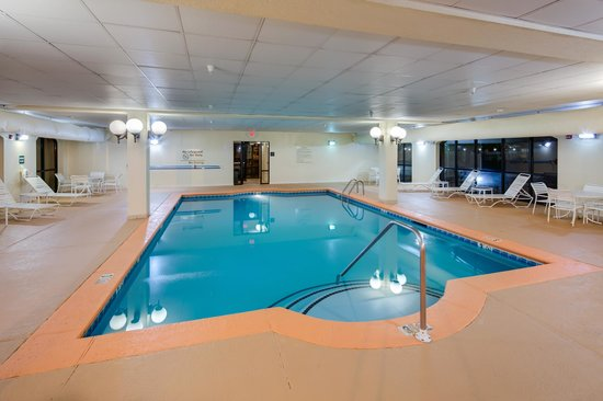 Hampton Inn & Suites Augusta West: Indoor Pool