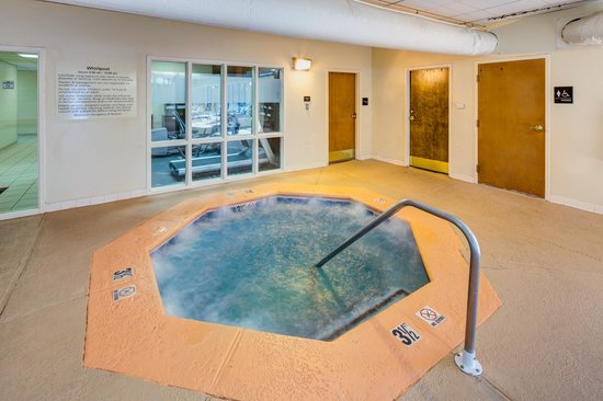 Hampton Inn & Suites Augusta West: Indoor Spa