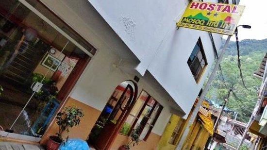 Hostel Mosoq Inti Inn: The street