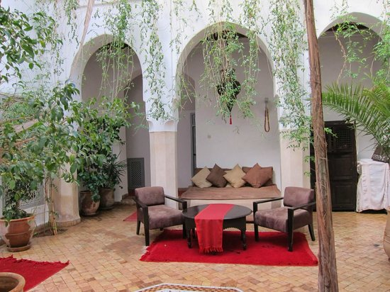 Riad Tizwa: 1st floor garden