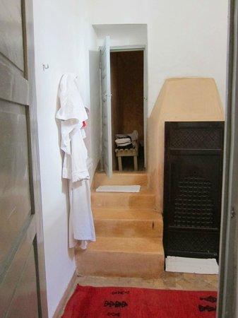 Riad Tizwa: room 5 en suite bathroom/shower