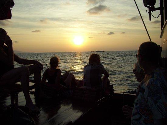 Chantara, Junk Boat: Sonnenuntergang - Chantara - 11.02.2014
