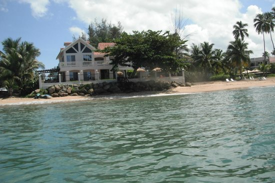 Tres Sirenas Beach Inn: View from the ocean