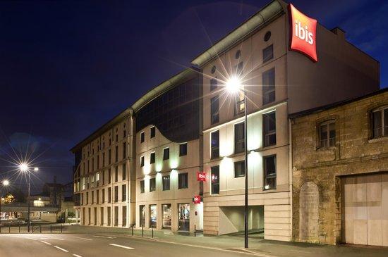 Ibis Bordeaux Centre Gare Saint Jean : facade hotel