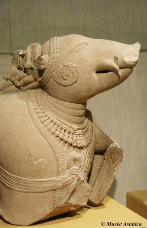 Asiatica Musée d'Art Oriental : Varaha