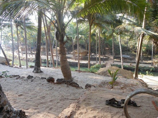 Dwarka Eco Beach Resort: Dwarka - how attractive is this?