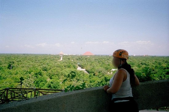 Xplor Park: Sight from one of the towers before zip lining