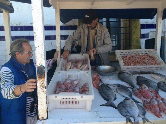 Villa Daba : Mit Didier auf dem Fischmarkt
