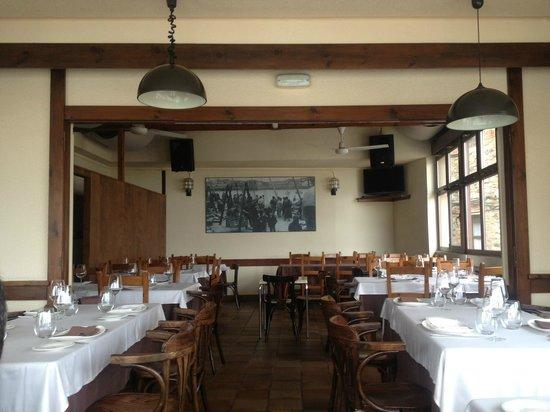 Restaurante Guernica: Acogedor y sencillo comedor
