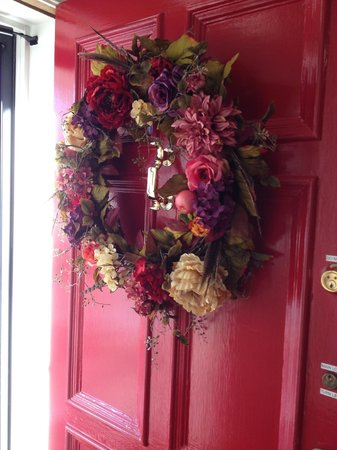 A Storybook Inn: Lovely welcome wreath