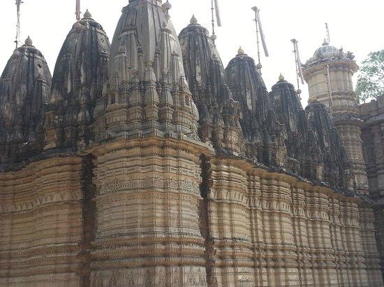 Hathee Singh Jain Temple - From outside