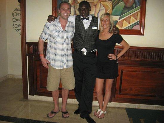 Grand Bahia Principe Bavaro : bartender Benjamin