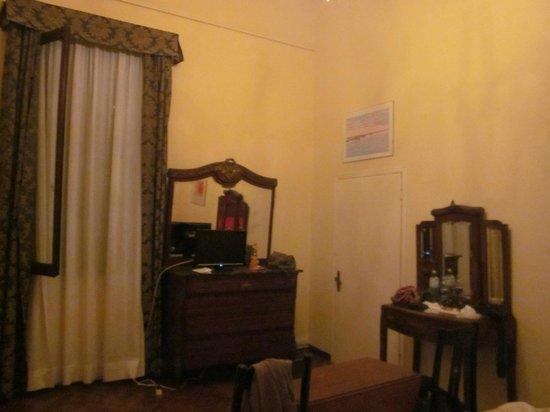 B&B Palazzo Minelli : Habitación
