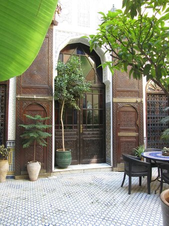 Riad Le Calife : Taken from the courtyard