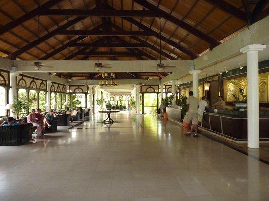 Melia Caribe Tropical: Lobby Caribe