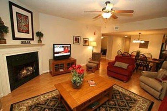 Cedar Lodge Condominiums : Living Room with Flat Screen Tv's