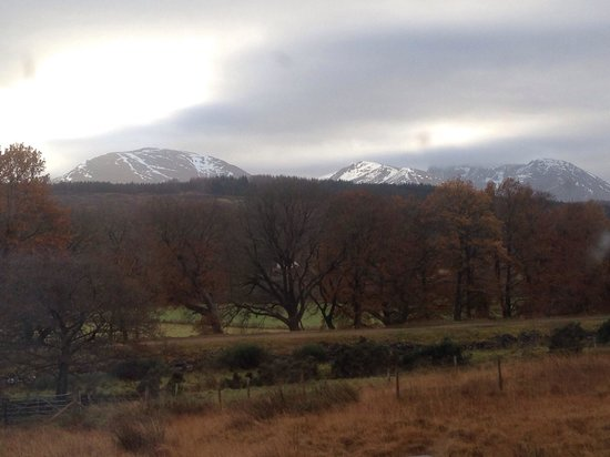 Lochaber Lodges : Gorgeous view from our lodge