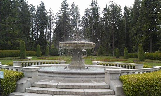 Manito Park: Manito Fountain