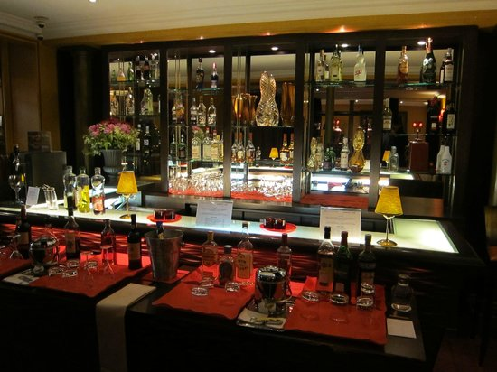 Lenox Montparnasse : The bar