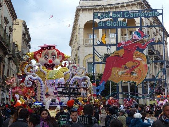 Hotel Ibis Styles Catania Acireale: Karneval in Acireale