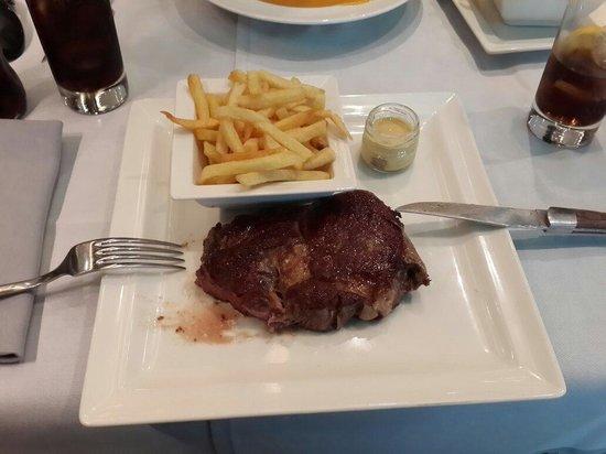 Vagenende Brasserie: Аргентинский стейк 25 евро
