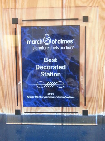 Stripers Bar and Grille: 1st place Best decoration