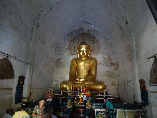 Gawdawpalin Temple: Bouddha