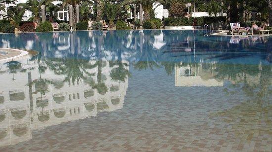 SENTIDO Aziza Beach Golf & Spa : Piscine propre