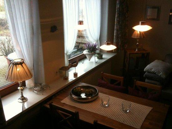 Haus Kaiser: Esstisch im Wohnzimmer