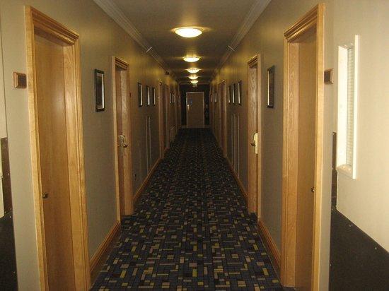 Gleneagle Hotel : Corridor