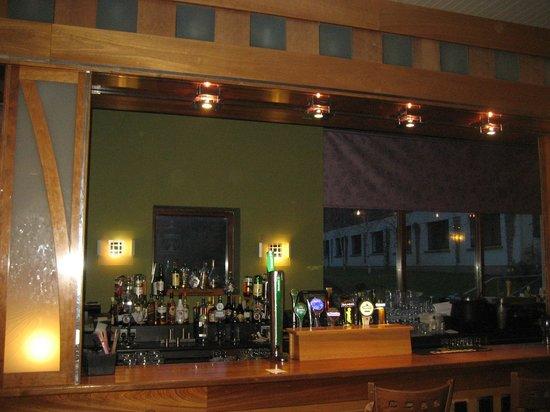 Gleneagle Hotel : The bar