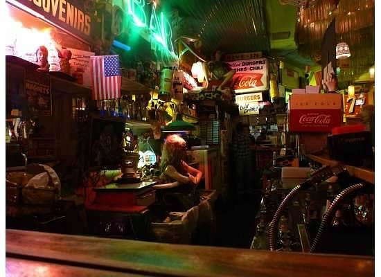 Trailer Park Lounge and Grill : View inside