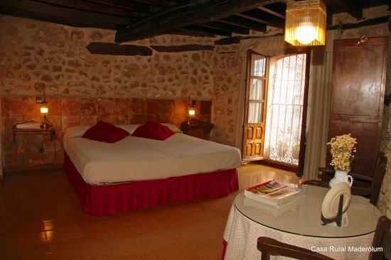 Casa Rural Maderolum: Habitación Aranda