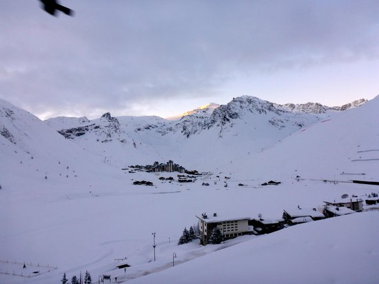 Langley Hotel Tignes 2100 : view from our south-facing room