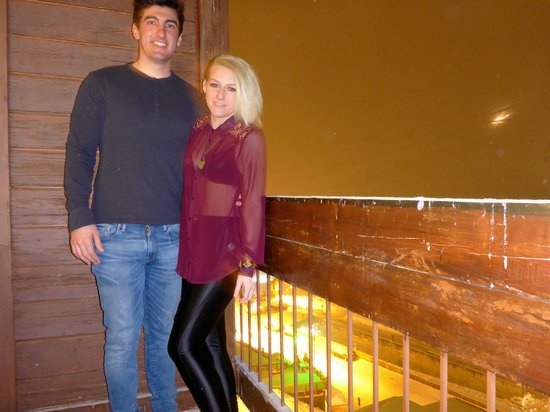 Langley Hotel Tignes 2100 : Us on the balcony, can't see much because of the snow