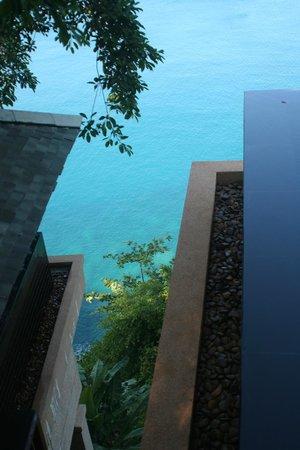 Paresa Resort Phuket : между номерами