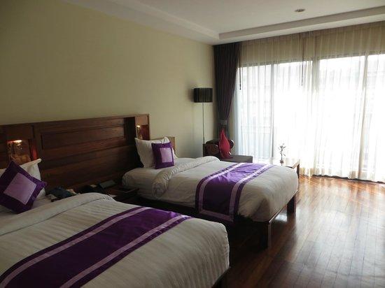 Angkor Miracle Resort & Spa: Room with balcony