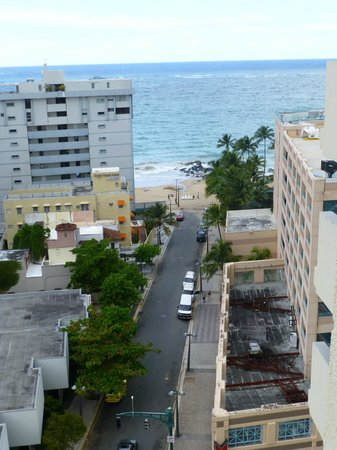 Best Western Plus Condado Palm Inn & Suites: Beach view