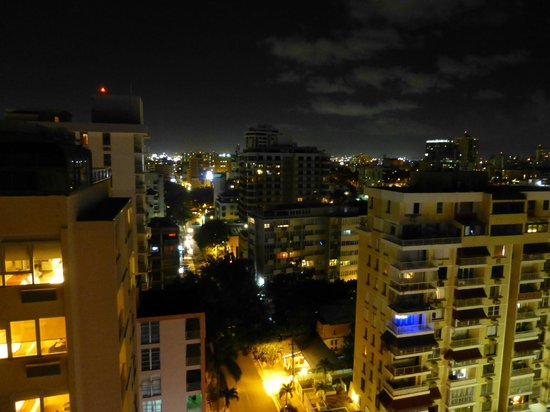 Best Western Plus Condado Palm Inn & Suites: View from the 14th floor at night