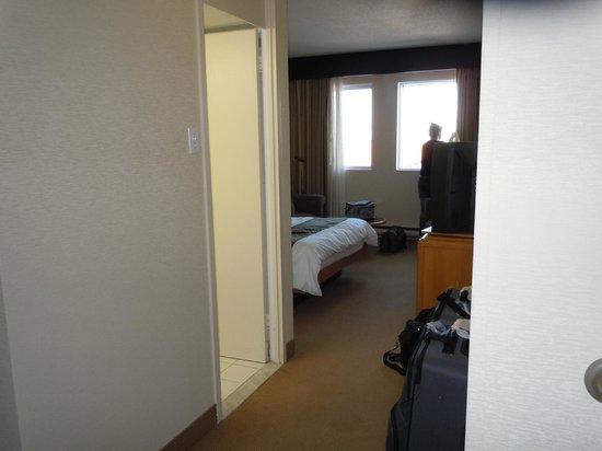 Quality Hotel Dorval Aeroport: chambre