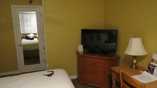 Marina Beach Motel: tv