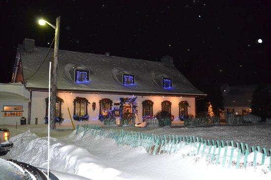 Auberge Baker: De nuit...un 23 décembre