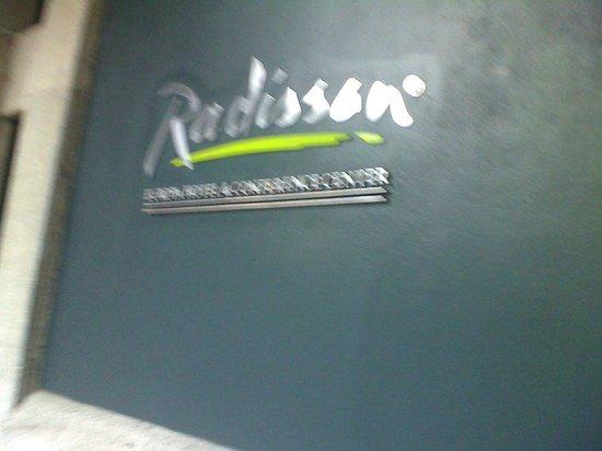 Radisson Hotel San José Costa Rica: entrada del hotel