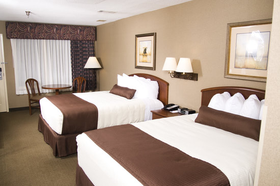 C'mon Inn Park Rapids: Guest Room with 2 Queen Beds